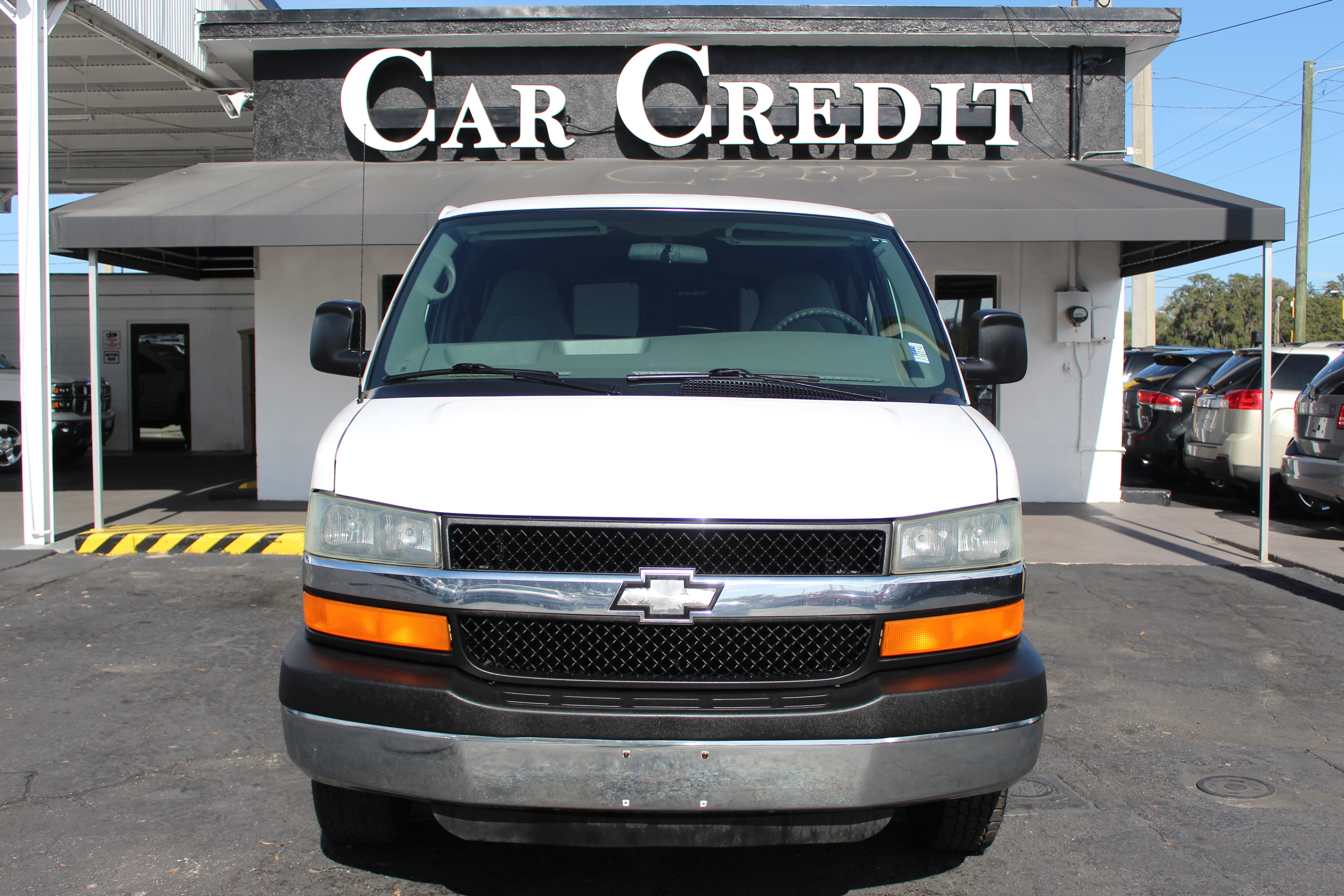 Pre-Owned 2004 Chevrolet Express Passenger