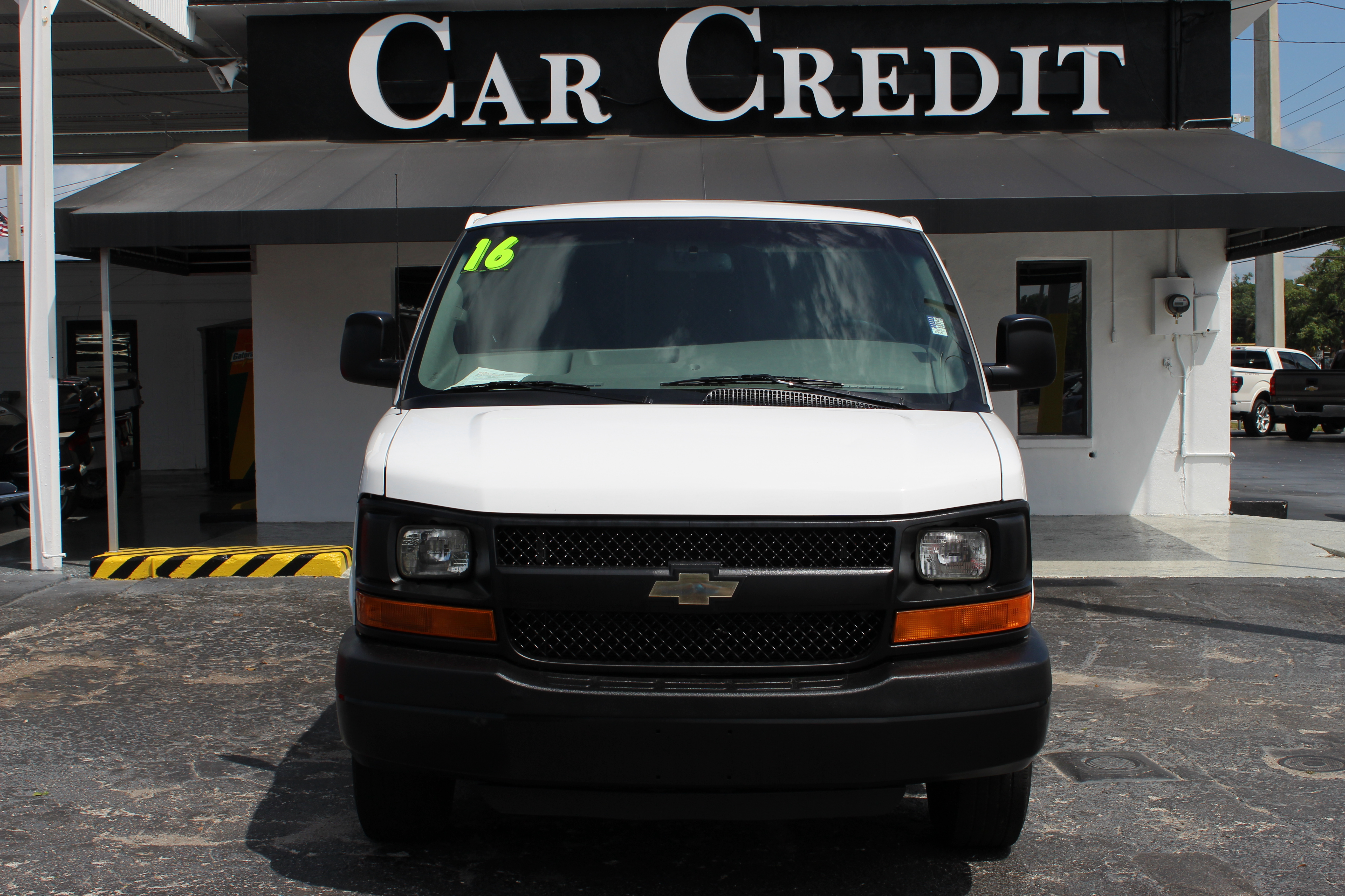 ae2fb03574 Pre-Owned 2016 Chevrolet Express Cargo Van Extended Cargo Van in ...