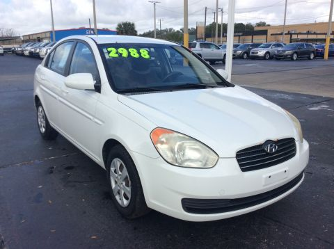Pre-Owned 2009 Hyundai Accent Auto GLS Front Wheel Drive Sedan 4 Dr.